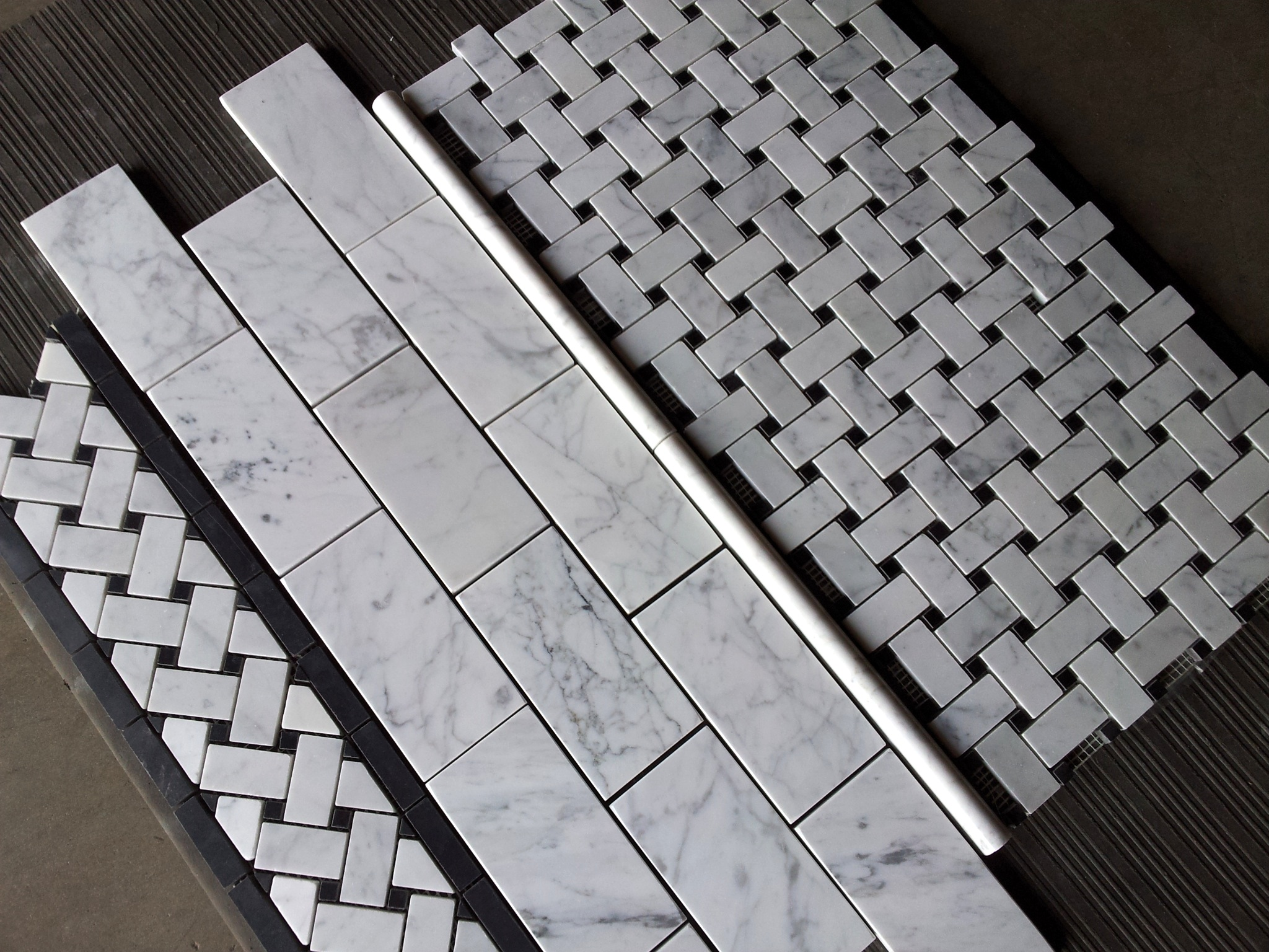 Bianco basketweave border and subway tile the builder depot blog and another dailygadgetfo Images