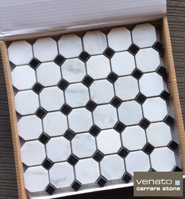 "Carrara Venato Octagon Polished 2"" Mosaic Tile"