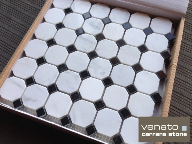 Octagon Black Dot Box