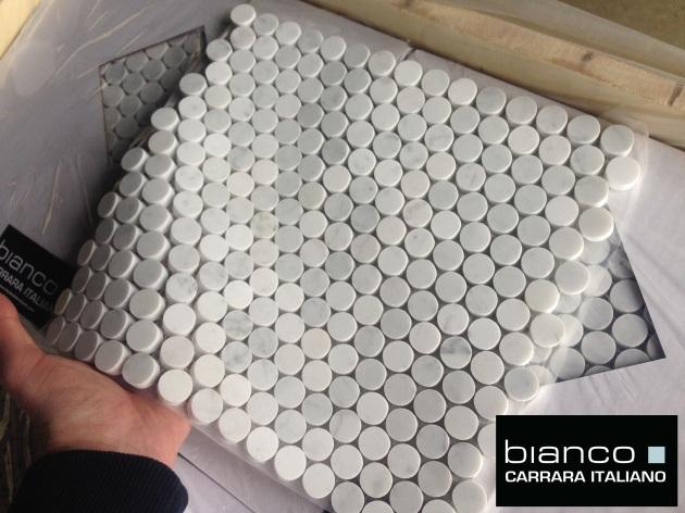 """Carrara Bianco 3/4"""" Pennyrounds"""
