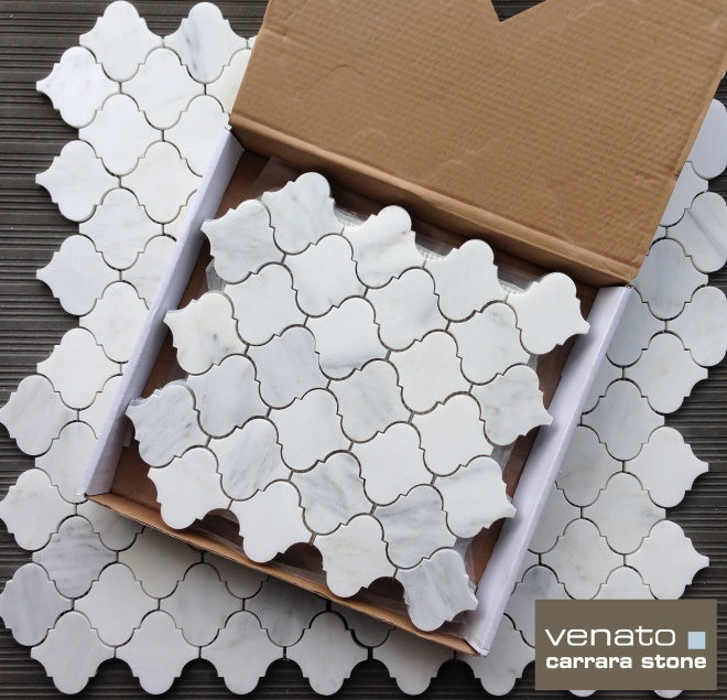 Carrara Arabesque Venato polished Mosaic Tile