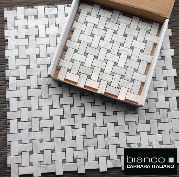 Carrara Bianco Honed Basketweave with Bardiglio Dot
