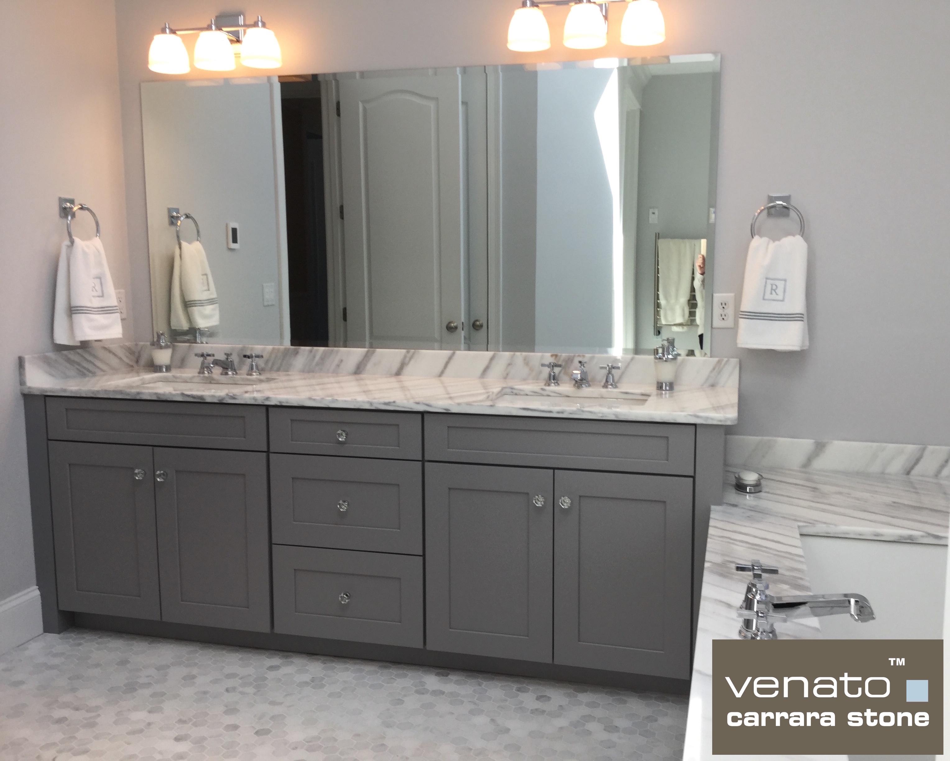 venato-carrara-full-bathroom